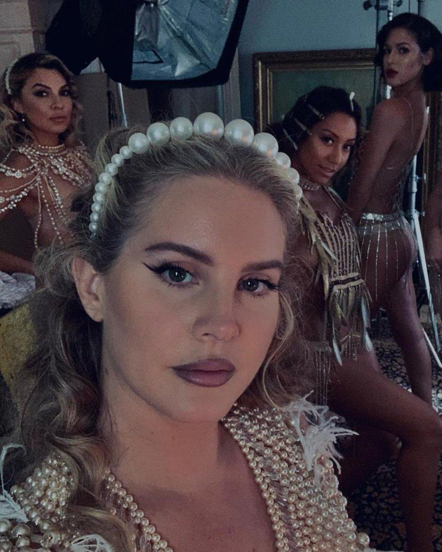 13 lanzamientos recientes que debes escuchar: Lana Del Rey + WizKid + Sky Ferreira y más